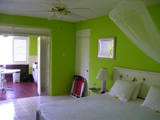 Sugarapple Inn: Our room.