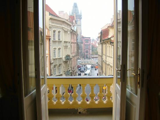 Ventana Hotel Prague : View to Old Town Square