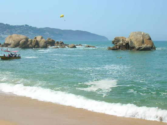 Acapulco, Mexico: The weather is gorgeous