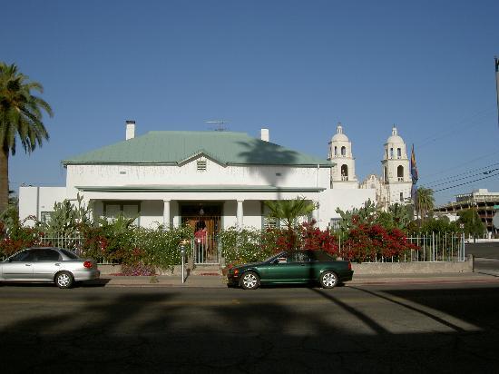 Royal Elizabeth Inn: The Royal Elizabeth B&B Tucson