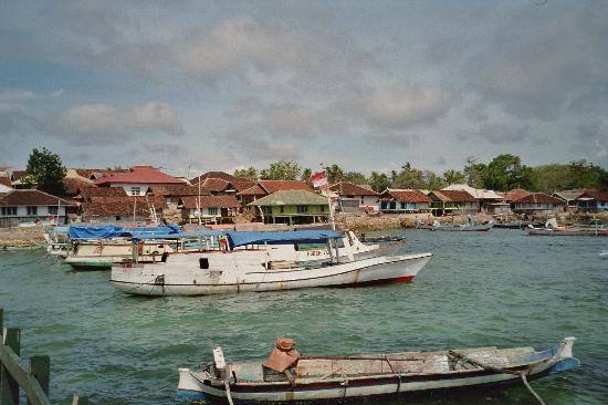 Tanjung Luar Fish Market