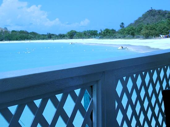 Grand Royal Antiguan Beach Resort: View to beach from Andes