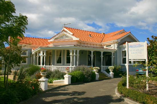 McHardy Lodge: View from the street