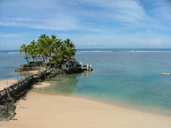The Warwick Fiji: looking out to 'Wicked Walu' seafood resteraunt