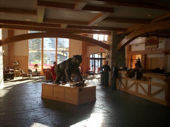 Mountain Grand Lodge and Spa: Lobby