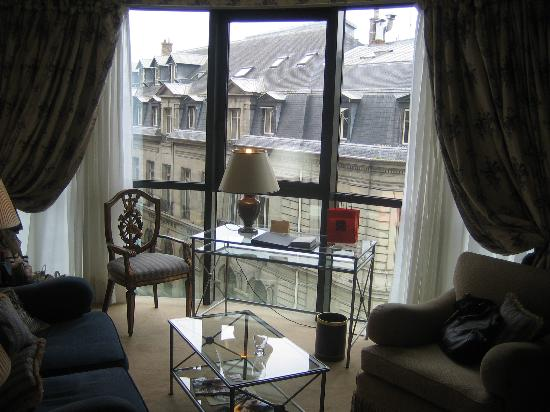 De Vigny Hotel: view from the sitting area