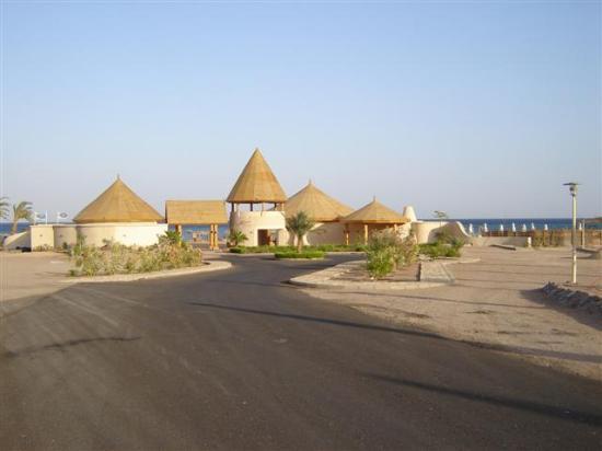 El Wekala Golf Resort: Entrance of Beachclub