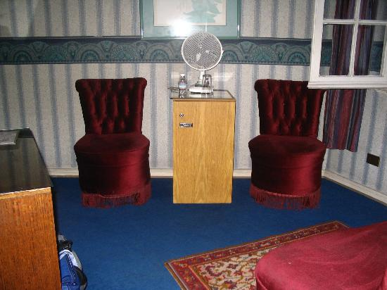 Foresta: sitting room
