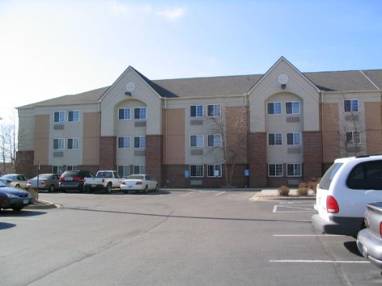 Candlewood Suites Minneapolis - Richfield : Partial shot #2 of front of hotel