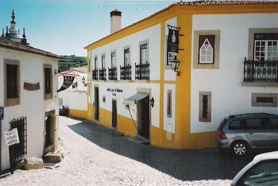 Hotel Real D'Obidos - On a quiet lane just outside the walls.