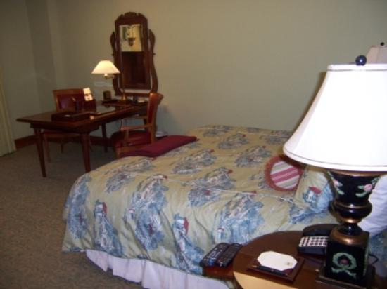 The Rose Hotel Standard Guestroom Bathroom with DVD Player and Halo Ceiling Lighting.jpg