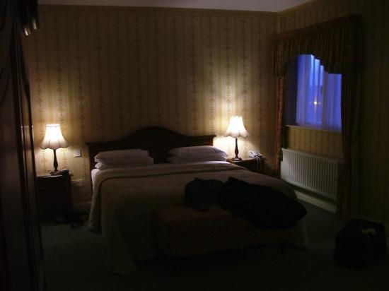 Sheedy's Country House Hotel: Our bedroom part II