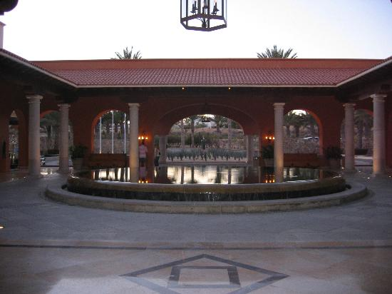Hilton Los Cabos Beach & Golf Resort Photo