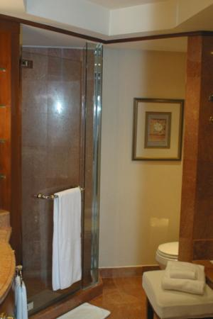 Sheraton Imperial Kuala Lumpur Hotel: salle de bain
