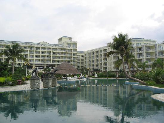 Tianfuyuan Resort: A view of the resort from the front