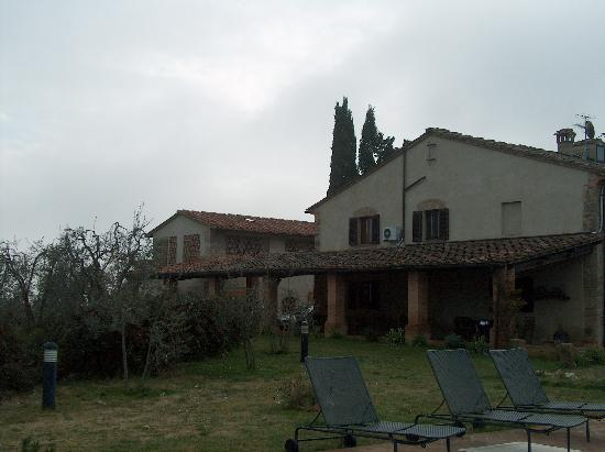 Casolare di Remignoli B&B : View of the back of the main house