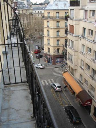 Hotel Elysees Regencia Paris: View from the balcony