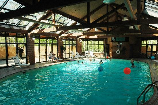 nice pool picture of turkey run inn marshall tripadvisor. Black Bedroom Furniture Sets. Home Design Ideas