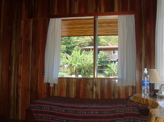 Arco Iris Lodge: One of the beds