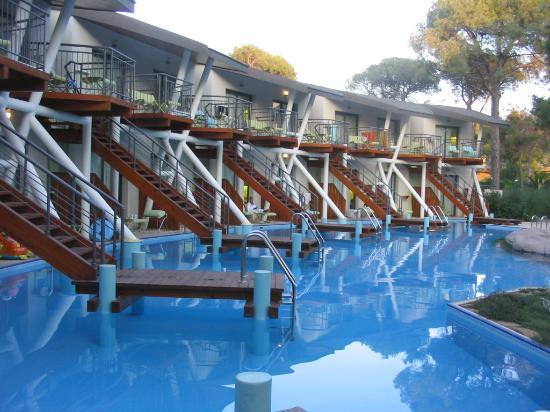 Cornelia De Luxe Resort: Villas
