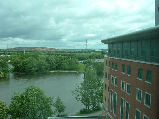 Crowne Plaza Hotel Birmingham NEC: Lake view rooms