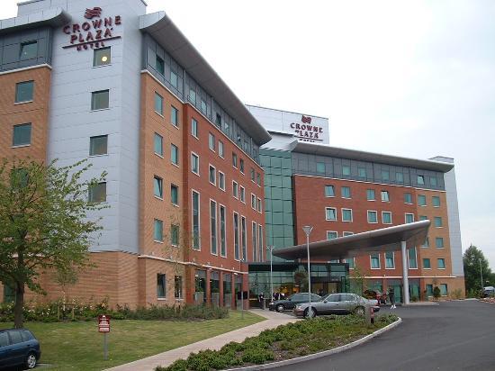 Crowne Plaza Hotel Birmingham NEC: Hotel front
