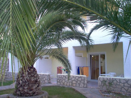 Aristoteles Beach Hotel: our room's terrace