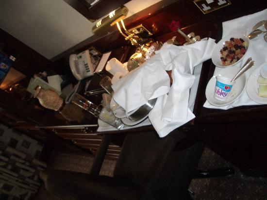 The Chesterfield Mayfair: The remains of our breakfast...!!