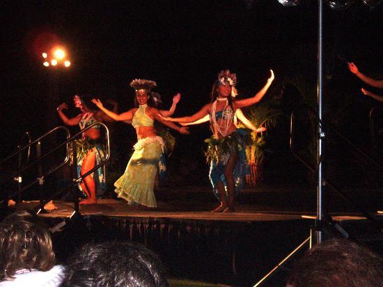 Grand Hyatt Kauai Luau Photo