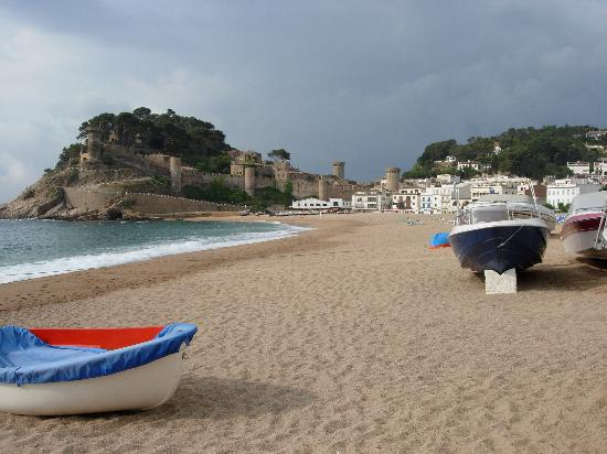 Tossa de Mar, Spanien: Vila Vella and Playa Gran
