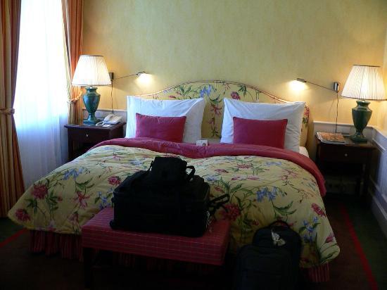 Le Palais Art Hotel Prague: Our room at the Le Palais