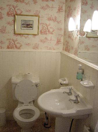 Gleeson's Townhouse and Restaurant: Bathroom