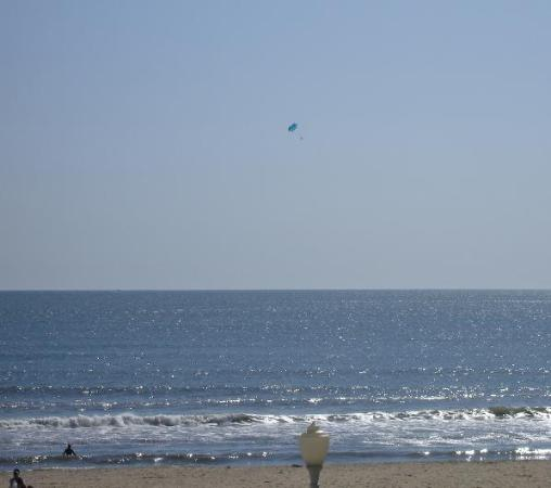 The Breakers Resort Inn: We saw several hang gliders over the ocean.