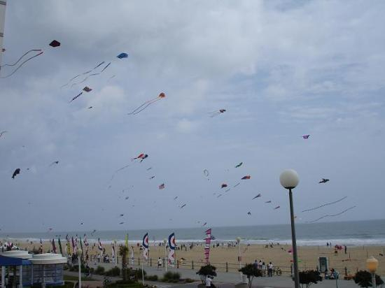 The Breakers Resort Inn: We enjoyed the kite festival Saturday morning.