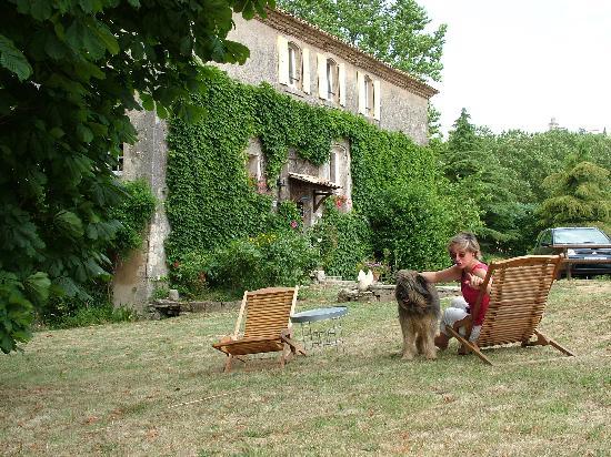 Auberge de Reillanne: The Garden