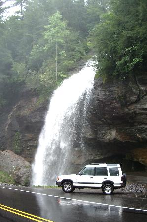 Highlands, Carolina del Nord: Bridal Veil Falls