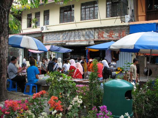 Kota Kinabalu, Malaisie : Sunday Gaya Street Fair