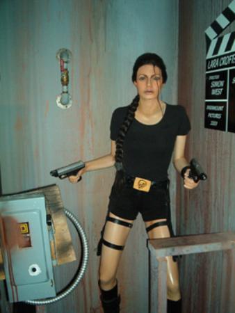 Hollywood Wax Museum: Lara Croft