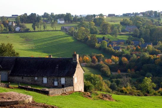 Chateau de la Vigne: Near Ally