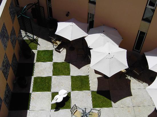 Hotel Real Palacio : Uno de los patios del hotel.