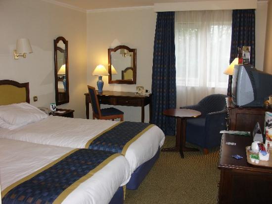 Holiday Inn Ashford - Central Photo