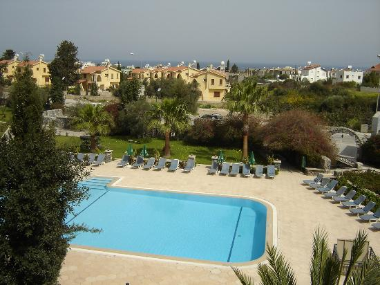 Ozankoy, Cyprus: View from Altinkaya Hotel 1