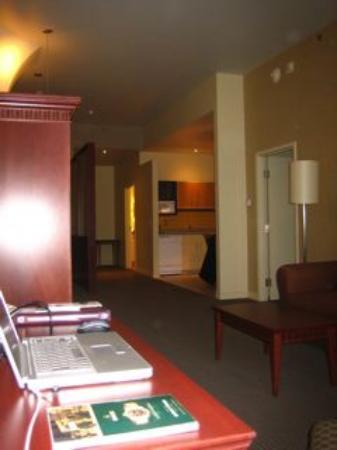 Le Square Phillips Hotel & Suites : Bureau avec Internet LAN