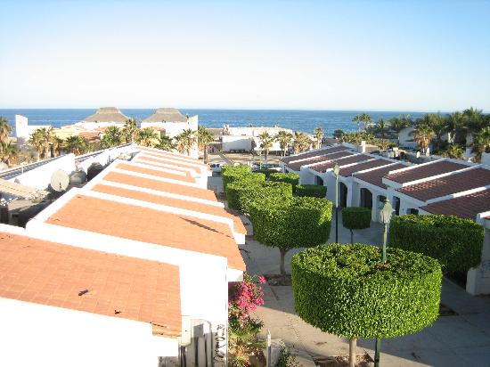 Marisol Boutique Hotel: View from our balcony towards the beach