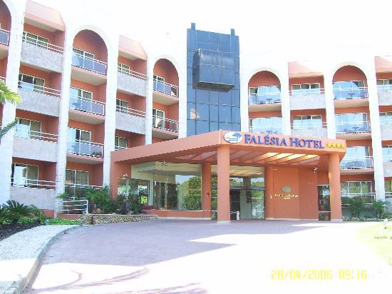 Falesia Hotel: hotel entrance