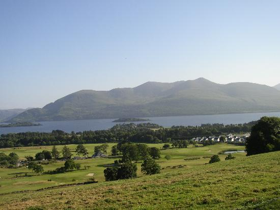 Comté de Kerry, Irlande : Lakes of Killarney & Killarney Golf Course from Aghadoe heights