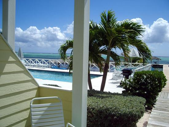 Conch Club Condominiums: Pool to the left.