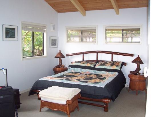 Hale Hualalai Bed and Breakfast: bedroom