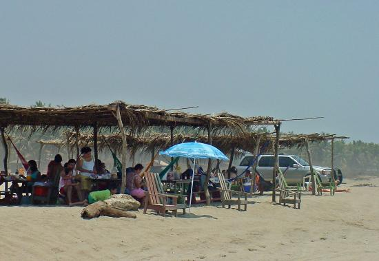 Barra Vieja Beach : Barra Vieja