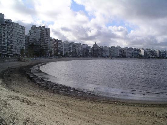 Montevideo, Uruguay : Along the water